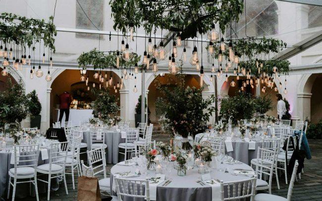 Vintažinių kaitrinių Edisono lempučių nuoma, vestuvių apšvietimas ir dekoras